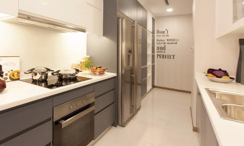 Sunwah Pearl cho thue lầu 33 block B2 căn full nội thất 2 phòng ngủ view quận 1