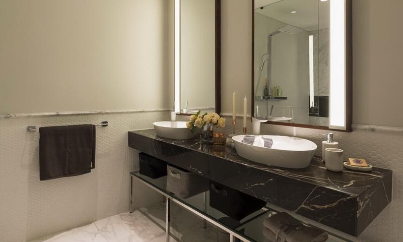 Căn Sunwah Pearl Bình Thạnh bán tầng 42 toà B3 có nội thất 3 phòng ngủ view sông